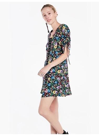Agraf Kapama Şeritli Desenli Elbise-Twist